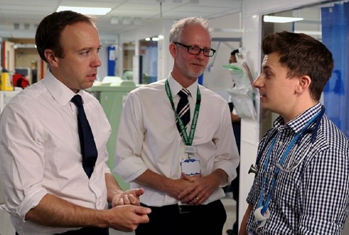 Matt Hancock talking to hospital staff