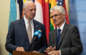 Staffan de Mistura (left), UN Special Envoy for Syria, and Mark Lowcock, Under-Secretary-General for Humanitarian Affairs and Emergency Relief Coordinator, brief journalists after the Security Council meeting on Syria. (UN Photo)