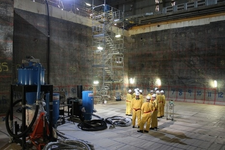 The Magnox Executive visit the Hunterston A Site pond floor