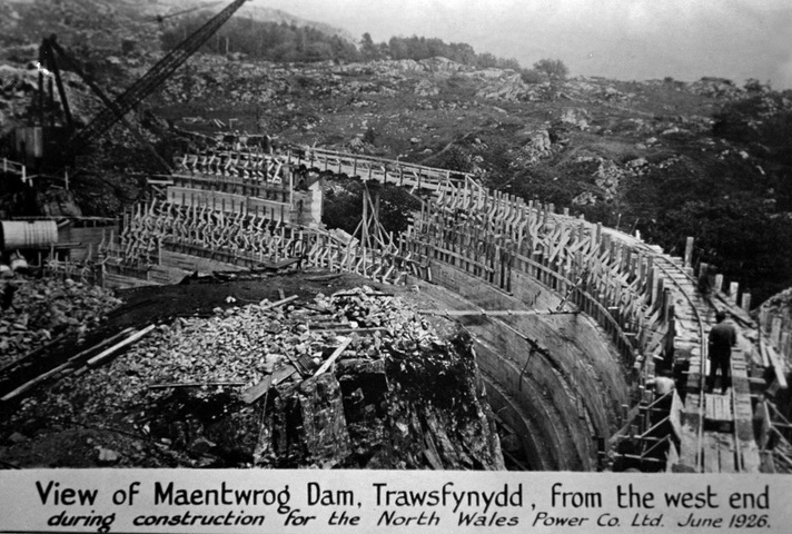 1926 Constructing Maentwrog Dam