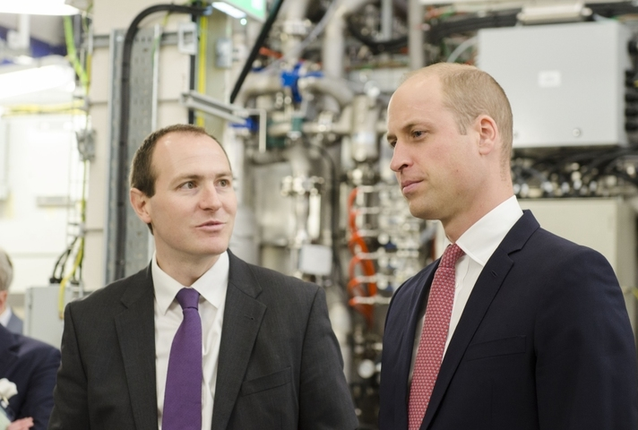 Duke of Cambridge meet UKAEA CEO at MAST Upgrade unveiling