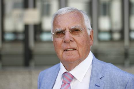 Sir David Metcalf