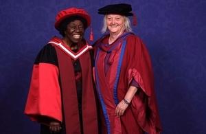 Dr Letitia Obeng honoured at LSTM