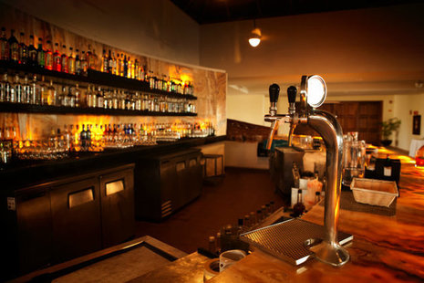 A picture of a retail bar.