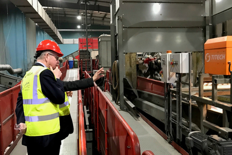 Michael Gove visited Veolia's centre in Southwark to launch the Resources and Waste Strategy