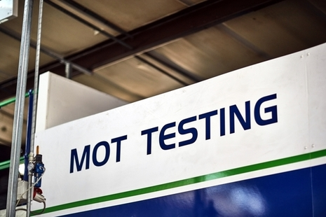 Photo of an MOT test sign