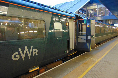 A stationary High Speed Train (Image courtesy of GWR)