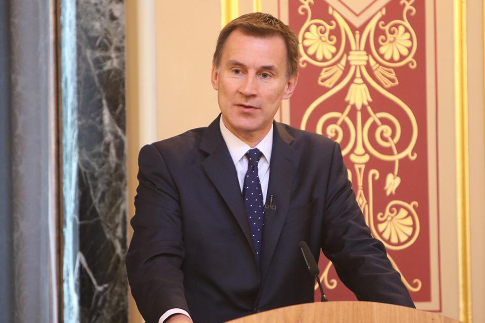 Landscape of Jeremy Hunt doing a speech