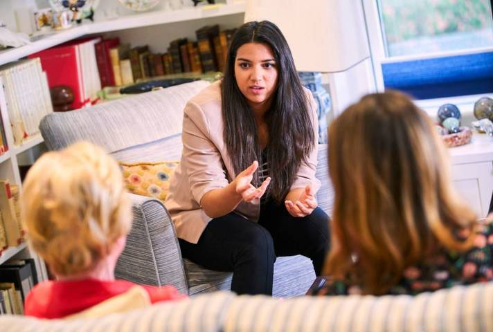 Room for Help founder, Stephanie Rolando, consults with customers