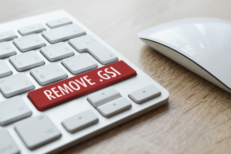 Keyboard showing remove .gsi from email addresses