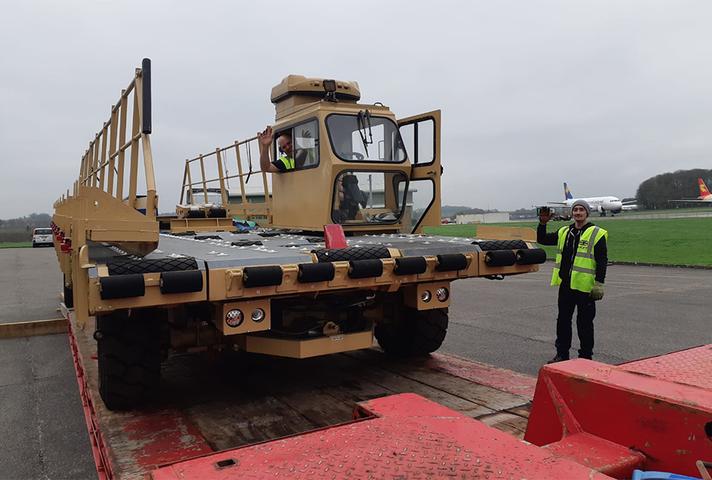 Cargo handling equipment for Mozambique