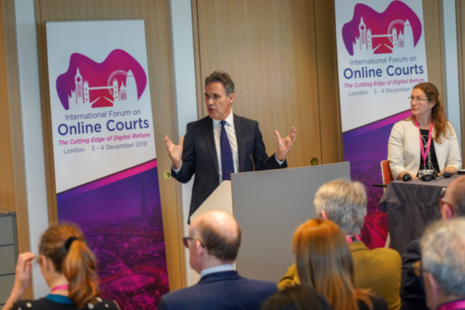 Image of Richard Susskind and Susan Acland-Hood presenting