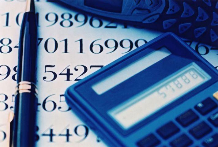 Calculator, numbers & pen