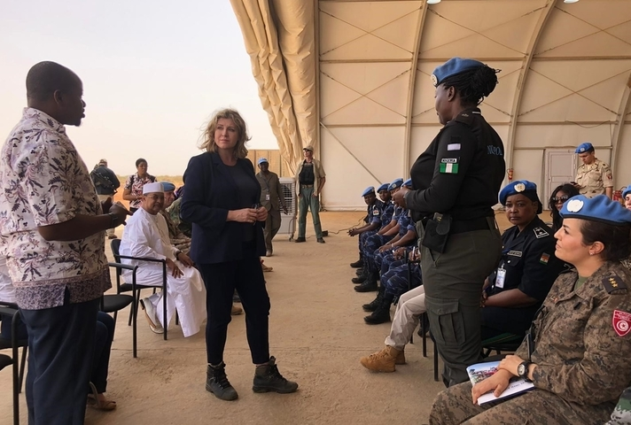 Defence Secretary Penny Mordaunt meeting with female UN Peacekeepers