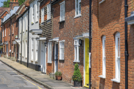 Terraced houses in Farnham, Surrey