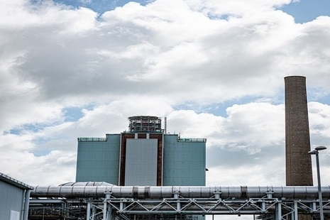 Stack of pile chimney at Sellafield cut down
