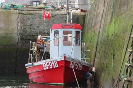 Creel boat Sea Mist in harbour