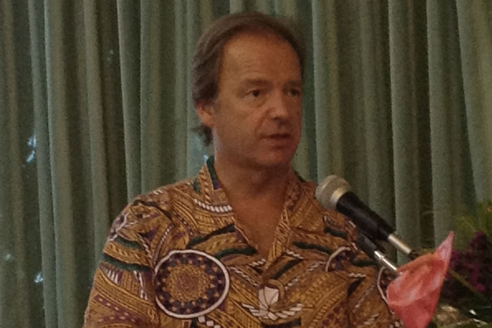 The Rt Hon Hugo Swire MP delivers his speech at the opening of the climate diplomacy event in Majuro.