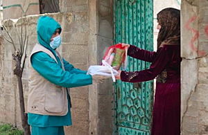 Distributing aid in Syria.