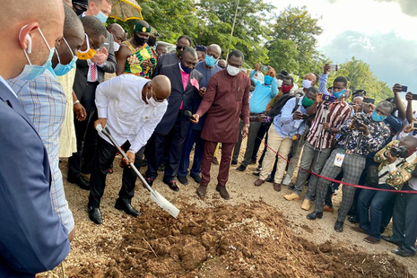 Sod cutting as UK government provides over £140 million of support for exports to Ghana