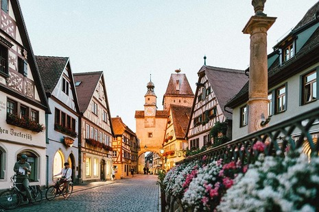 A picturesque German town in the evening. Photo by Roman Kraft on Unsplash.
