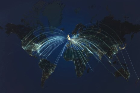 Flight paths from the UK to the world