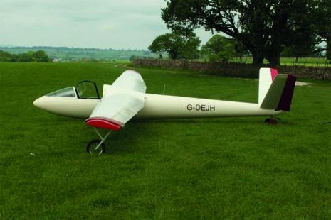 Image of G-DEJH glider