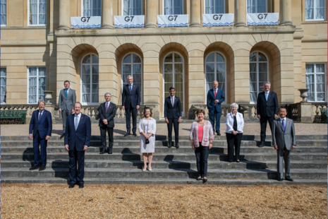 G7 Finance Ministers stand together in London.