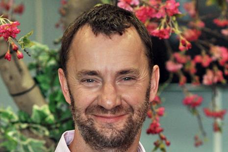 Photo of Dr Paul Bate