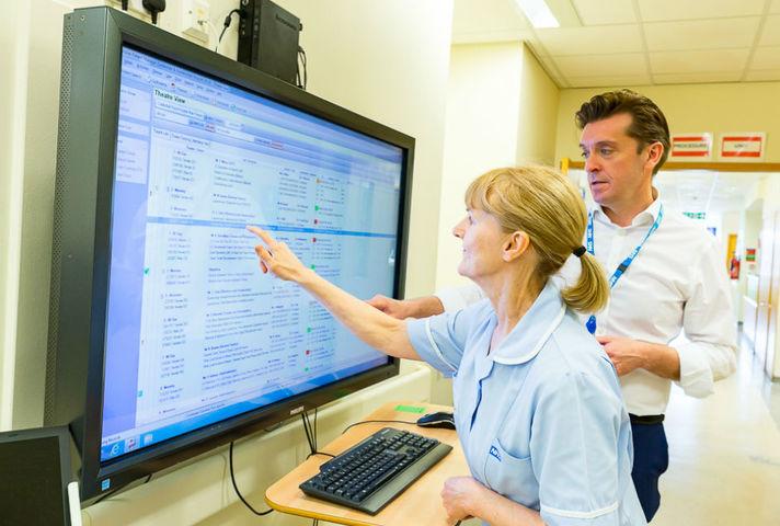 Nurse using screen