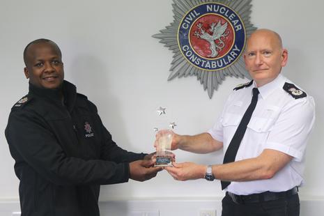 Chief Constable presenting award