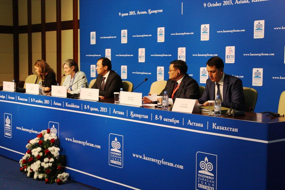 Посол Великобритании на V Национальной конференции по развитию инициативы прозрачности добывающих отраслей (ИПДО) в Казахстане.