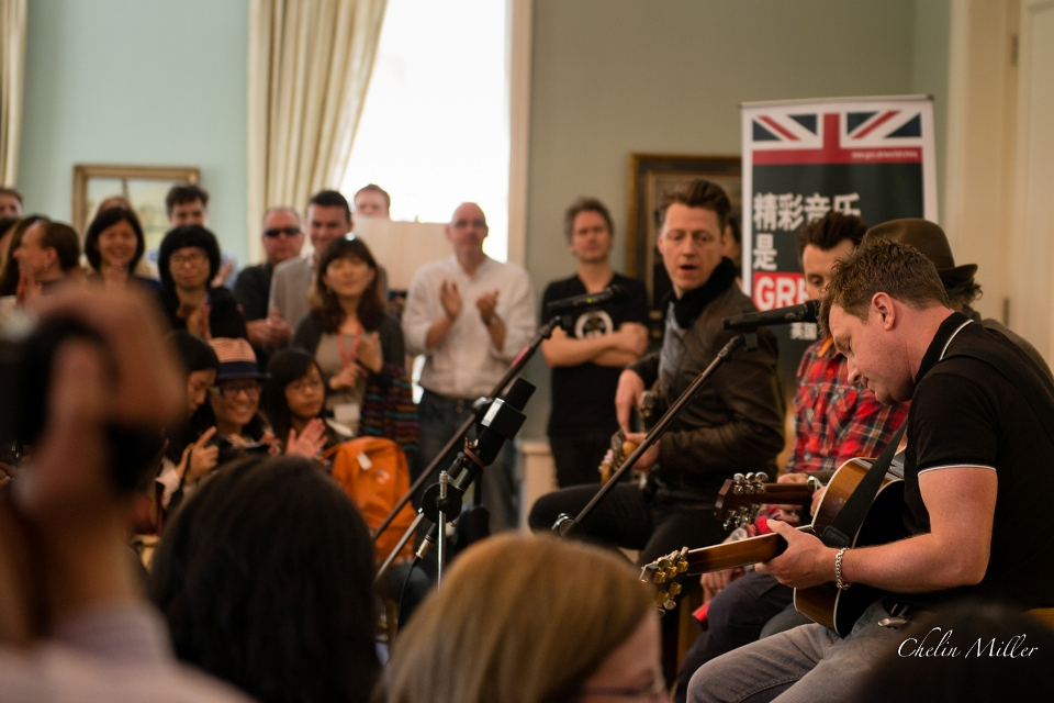 Travis performed a selection of songs at the Ambassador's Residence to a group of 50 local music fans.