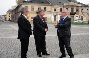 From left to right: Senator Stanisław Karczewski, Marek Suski MP and Ambassador Robin Barnett