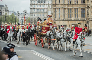 The Queen's carriage followed by members of the Household Cavalry Mounted Regiment arrives at the Houses of Parliament [Picture: Sergeant Adrian Harlen, Crown copyright]