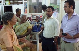 British Sri Lankan doctors travelled to Sri Lanka to learn about healthcare issues on the island.