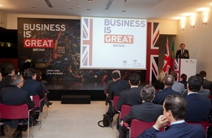 Lord Green opened a business seminar to promote Portugal as a platform to Portuguese-speaking markets