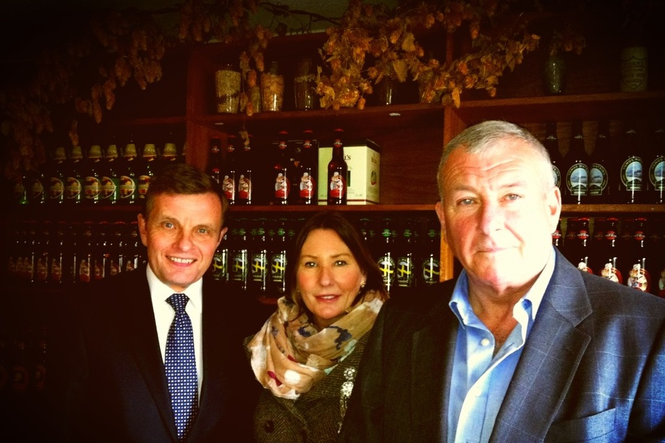 David Jones with Connie and Phil Parry, the owners of the growing Welsh brewery, Tomos Watkins.