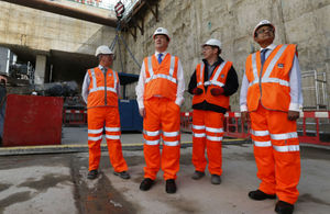 The UK Chancellor and Indian finance minister at Crossrail