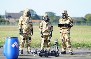 マーリンロボットを使用した27Sqn RAFRegtの軍事ユーザー