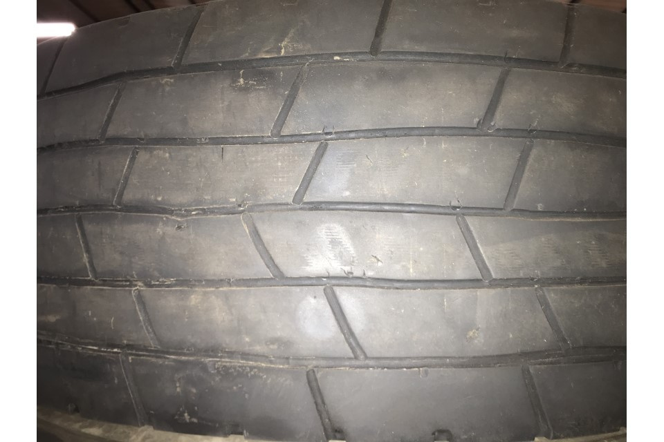 Incorrect tyre regroove pattern