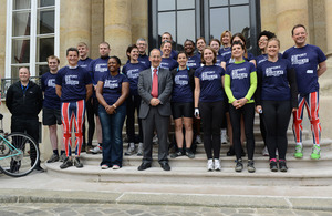 The British Ambassador to France Sir Peter Ricketts and Team GBEBR