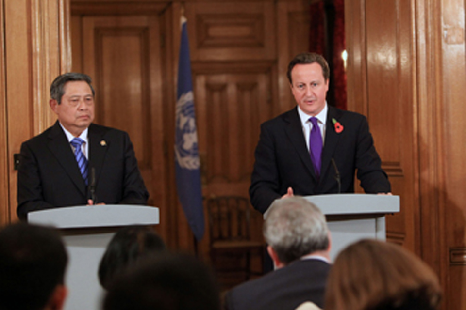Indonesian President Yudhoyono and British Prime MinisterDavid Cameron. Picture: Patrick Tsui/Foreign Office
