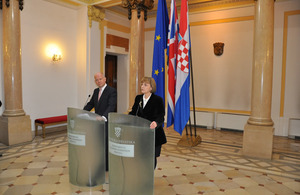 Deputy Prime Minister Vesna Pusić and UK Foreign Secretary William Hague