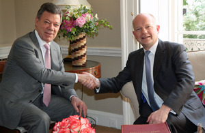 Foreign Secretary William Hague meeting President Juan Manuel Santos of Colombia in London, 6 June 2013