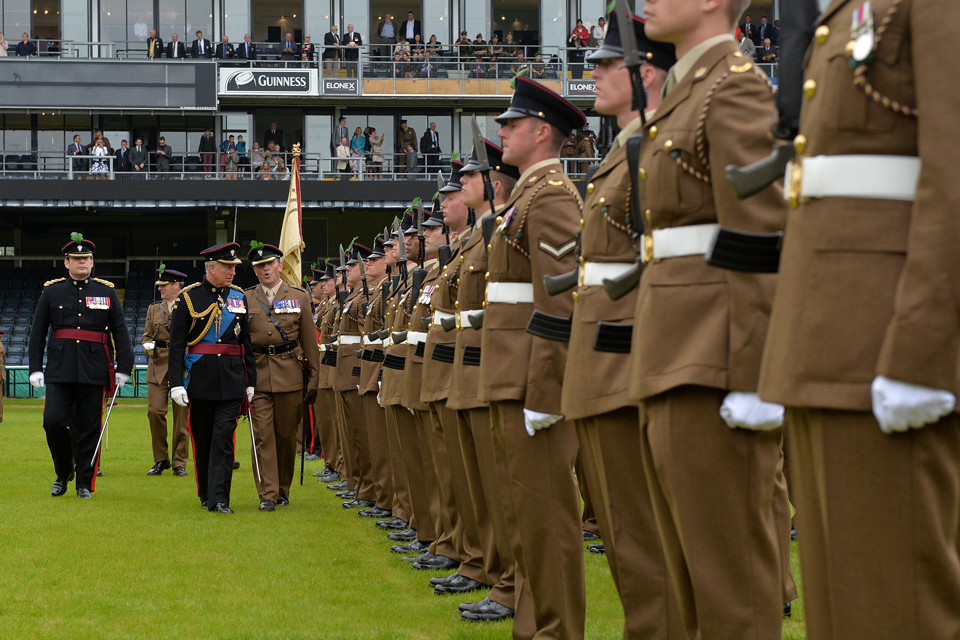 Prince Charles inspects soldiers