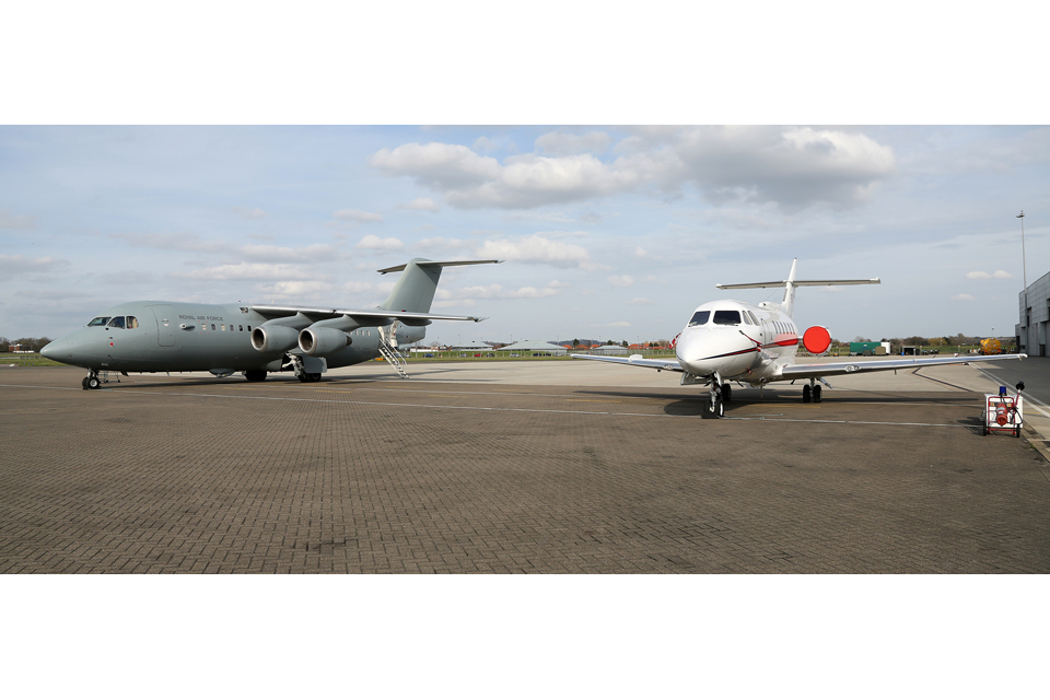 A BAe 146 C3 (left) and a BAe 125 CC3