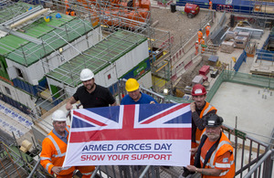Crossrail workers, including ex-Service personnel, supporting Armed Forces Day at the Tottenham Court Road site [Picture: Petty Officer (Photographer) Derek Wade, Crown copyright]
