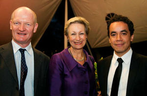 David Willetts, Judith Macgregor, Guillermo Hernandez
