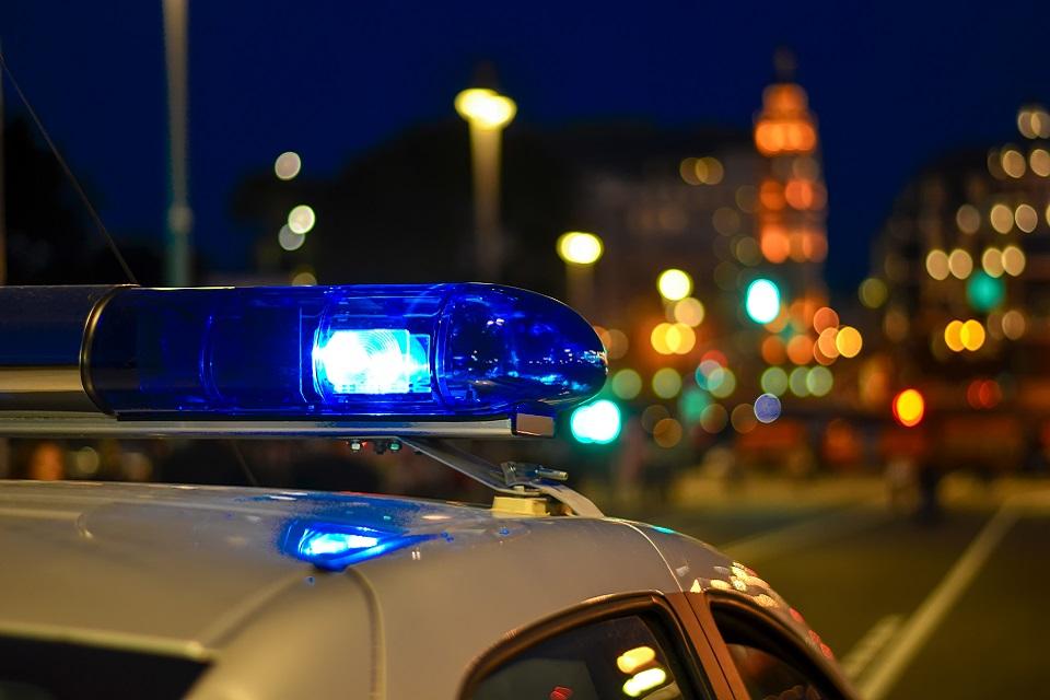 Мигающий свет на полицейской машине